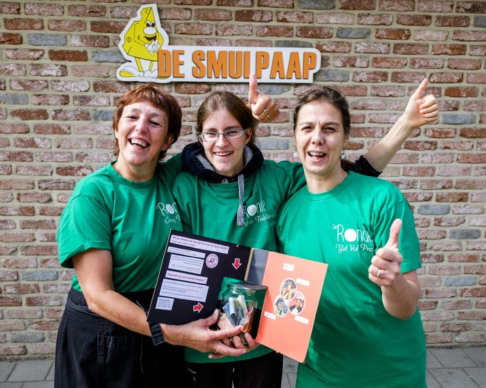 Daisy Wauters, Marie Cornelis en Henriette T'Sijen zamelen geld in voor het goede doel met hun deelname aan de Dodentocht.