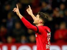 Bosz wint met Leverkusen van Schalke 04 en klimt naar zesde plaats