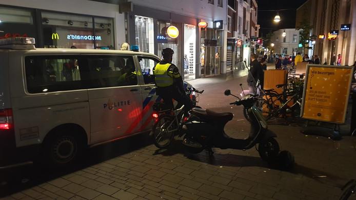 Veel politie aanwezig in Enschede.