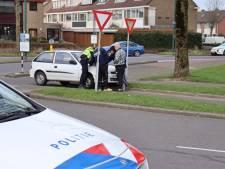 Fietser gewond na aanrijding met auto in Woerden