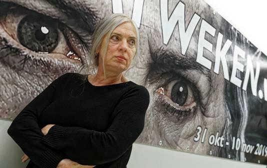 Jeanne Roozendaal-Peters uit Schijndel speelt de hoofdrol in het theaterstuk Granaatweken van Theatergroep Wildeman.  Zij speelt tante Sjaan.