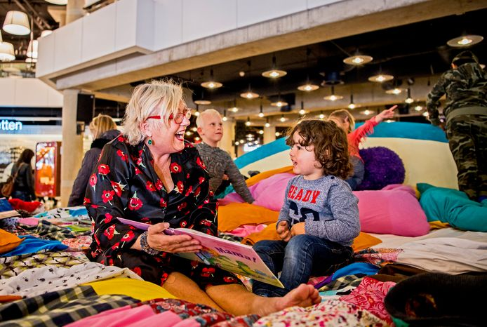 Geen groot Kinderboekenweekfeest dit jaar in de Rotterdamse bibliotheek. Het is niet verantwoord, omdat er ook altijd veel ouders meekomen.