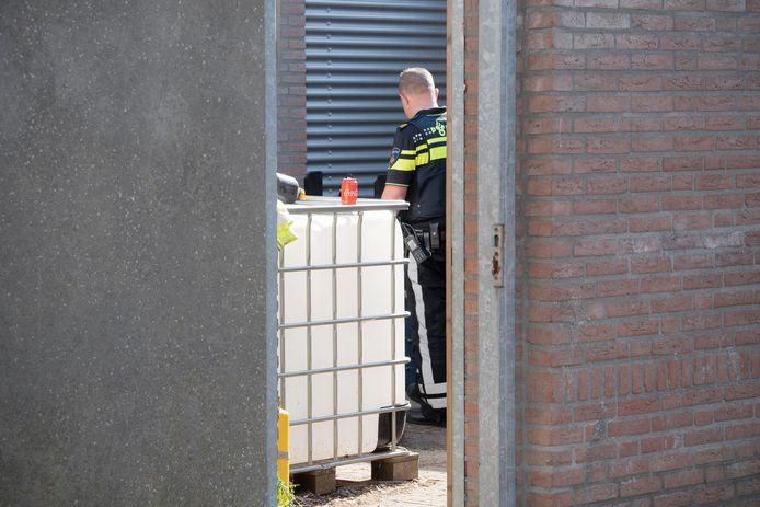 Klein brandje in garagebox Tilburg leidt tot vondst harddrugs