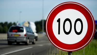 coalitie-akkoord-over-pakket-maatregelen-tegen--maximumsnelheid-overdag-naar-beneden