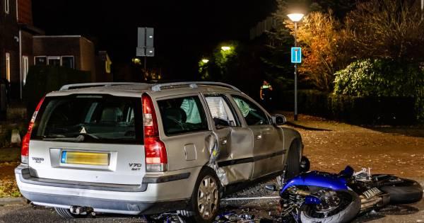 Motorfietser naar het ziekenhuis na ongeval met auto in Goirle.