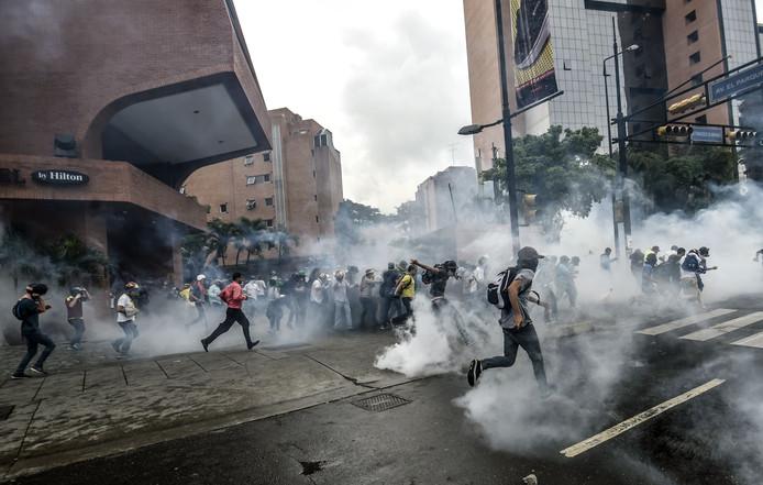 Protesten tegen de tekorten leiden geregeld tot geweld.