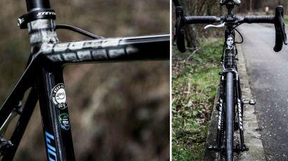 KOERS KORT: Keukeleire dan toch aan de start van Parijs-Roubaix? - Van Aert pronkt op Carrefour de l'Arbre met fiets voor Helletocht