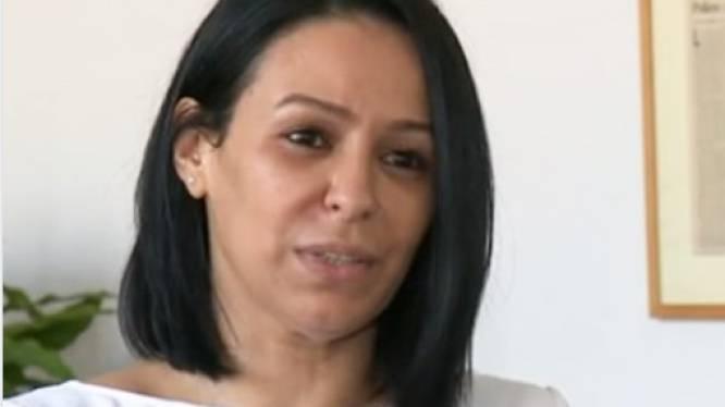"""Agente krijgt klappen tijdens arrestatie, rechtbankvoorzitter betreurt haar uitspraken: """"Ze mag niet reageren zoals een gewone burger"""""""