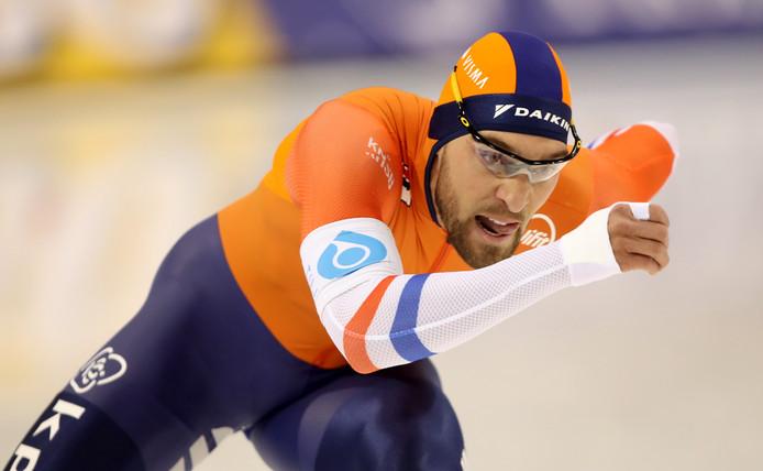 Kjeld Nuis op weg naar naar het wereldrecord op de 1500 meter.