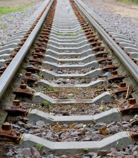 Urenlang geen treinen tussen Den Bosch en Tilburg