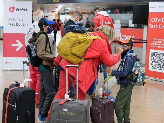 Strengere regels op komst voor teruggekeerde reizigers: iedereen testen, ook wie minder dan 48 uur in het buitenland was?