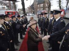 Burgemeester Joke neemt als 'parel' afscheid op een druilerige dag
