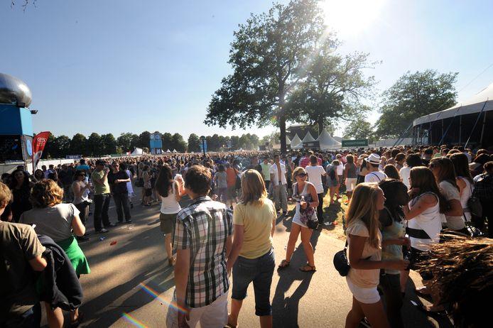 Tien jaar geleden vond voor het laatst een groot muziekfestival plaats in Het Volkspark, toen de TMF Awards er werden gehouden.
