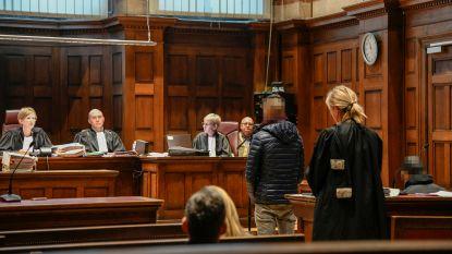 Leden Vlotgrasbende voor rechter wegens dealen van meer dan 6,5 kilogram cocaïne: parket vraagt ruim 385.000 euro verbeurd