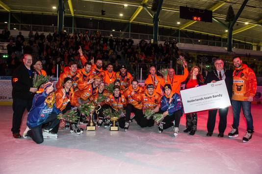 Het team dat kampioen werd.
