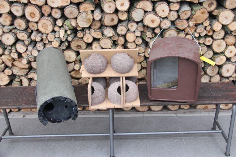 De nestkasten zijn gemaakt in houtbeton en daardoor duurzaam