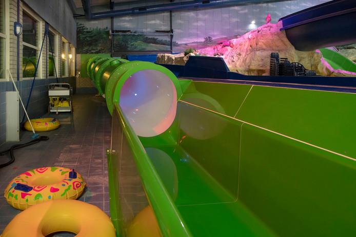 Zwembad De Peppel.Nieuwe Glijbaan Zwembad De Peppel In Ede Gaat Weer Open