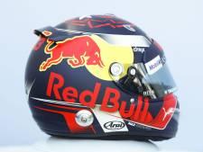 Max Verstappen toont nieuwe helm: 'Ik wilde echt iets nieuws'