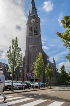 Ontucht in Poeldijk: 'Waarom moet dit opgerakeld?'
