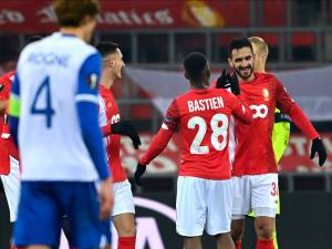 Au courage, le Standard décroche une victoire inespérée contre le Lech Poznan