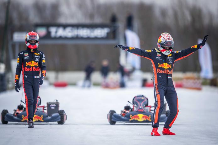 Max Verstappen en zijn teamgenoot Pierre Gasly karten op de ijsbaan van Flevonice.