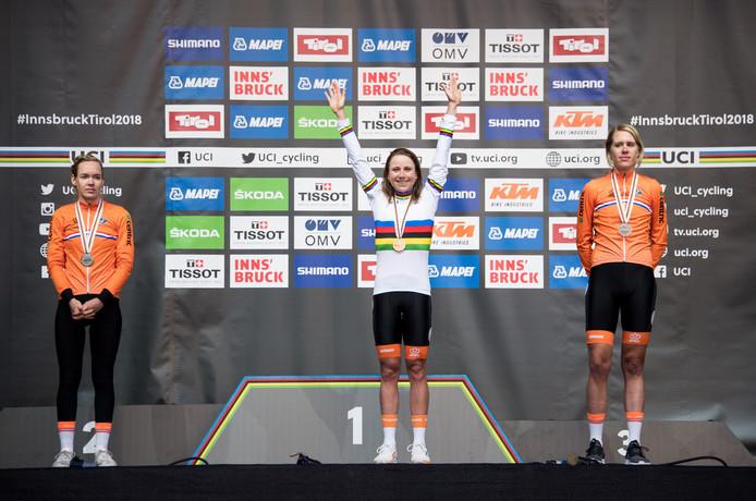 Anna van der Breggen, Annemiek van Vleuten en Ellen van Dijk.