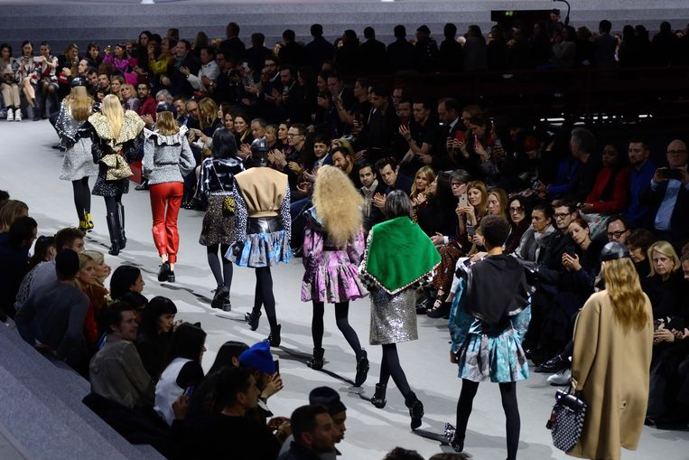 Beeld van de Louis Vuitton Fall/Winter 2019/2020 show in Parijs.