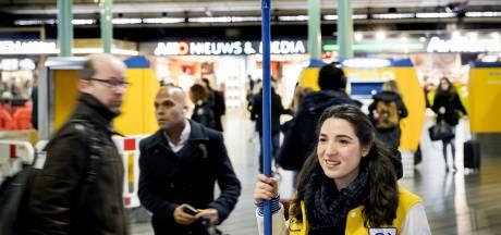 'NS jaagt reizigers op kosten met alternatieve Schipholbus'