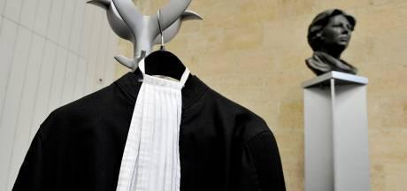 Celstraf en schadevergoeding voor neersteken nietsvermoedende Zwolse student