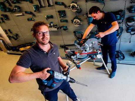'De kick van een goeie deal': Tilburgse webshop in gereedschap blijft maar in de groei