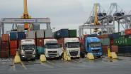 """""""Twaalf uur wachten om container te laden"""""""