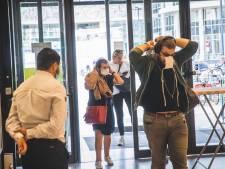 Mondmaskers in Shopping Gent Zuid: aandoen in de sluis