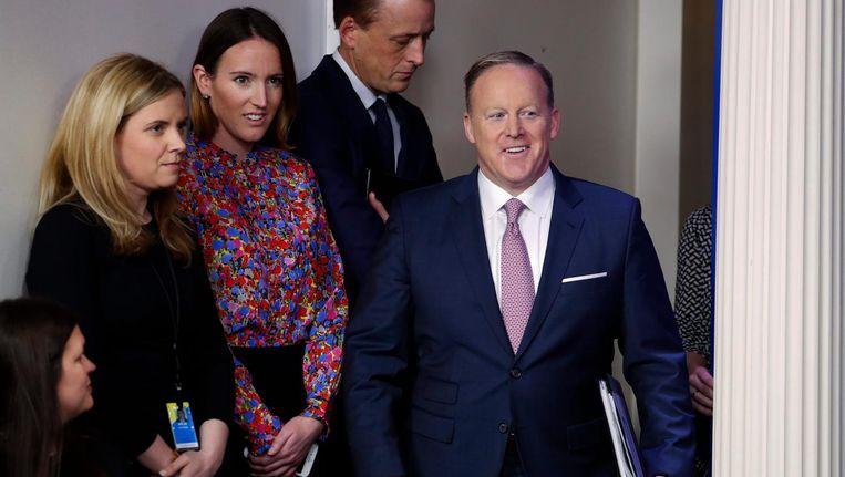 Sean Spicer voorafgaand aan een persconferentie in het Witte Huis Beeld null