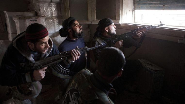 Syrische rebellen vechten in Aleppo. Beeld ANP