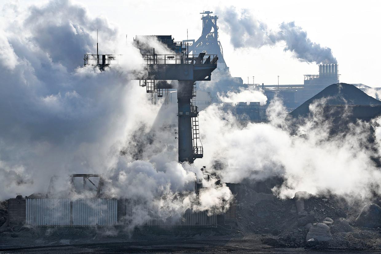 Tata Steel in IJmuiden Beeld Guus Dubbelman / de Volkskrant