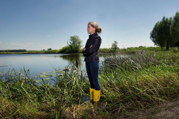 """Dijkgraaf Tanja Klip: ,,We vragen alle grondeigenaren in ons gebied om met slimme voorstellen te komen om water vast te houden en zo de grondwatervoorraden aan te vullen."""""""