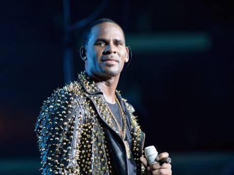 R. Kelly officieel aangeklaagd voor seksueel misbruik
