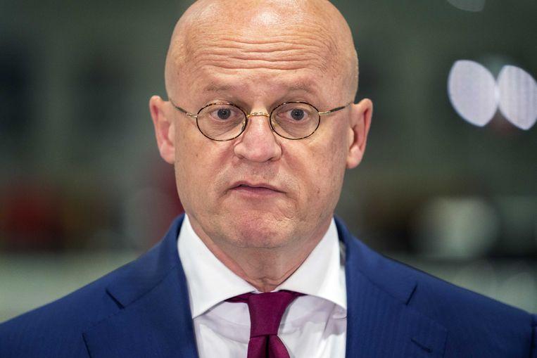 Minister Ferd Grapperhaus  erkent dat 'zeker een tiental' IS-gangers is ontsnapt uit een Syrisch detentiekamp. Beeld ANP
