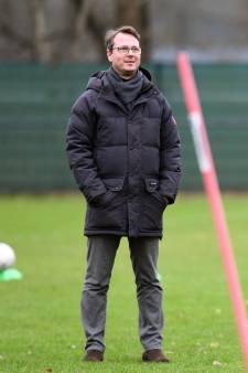 Technisch directeur Johannes Spors strijdt tegen kaalslag bij Vitesse: deze zomer bijtekenen of miljoenentransfers