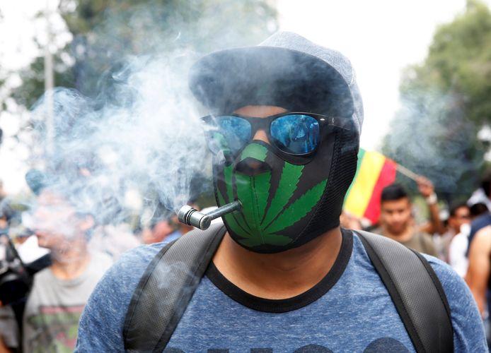 Voorstanders van legalisering komen op straat in Mexico City, tijdens een mars in mei 2018. Het lijkt erop dat ze hun slag binnenhalen.