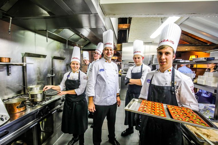 Het Young chefs-team traint in Spermalie.