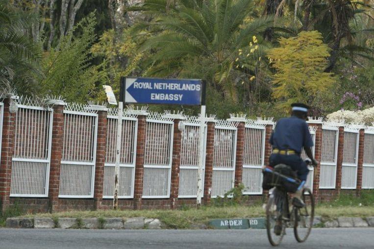 Tsvangirai zit nog steeds in de Nedelandse ambassade. Foto AP/Tsvangirayi Mukwazhi Beeld