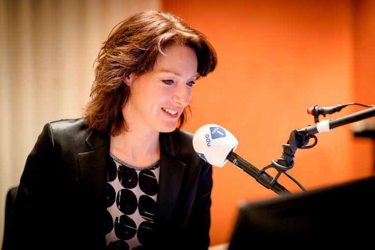 Ghislaine Plag tijdens Spraakmakers, de nieuwe talkshow van de KRO-NCRV op NPO Radio 1.  Beeld ANP