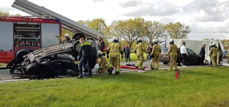 Vrouw (59) komt om bij ongeluk op N48 Balkbrug