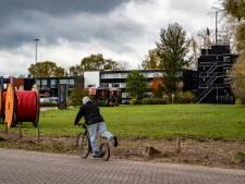 Postillion slaat slag in strijd tegen fastfoodzaken; carpoolplaats A1 op terrein van het hotel