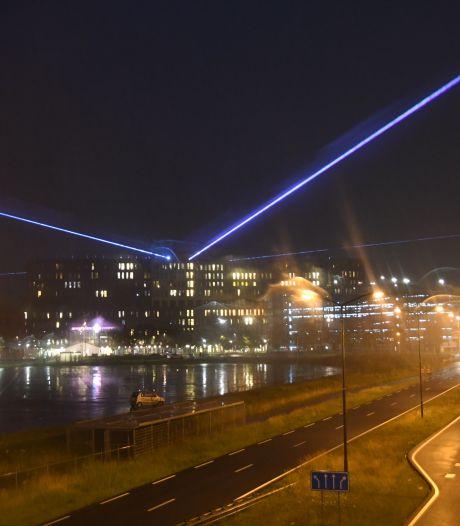 Jeroen Bosch Ziekenhuis zendt lichtstralen als dank voor alle steunbetuigingen