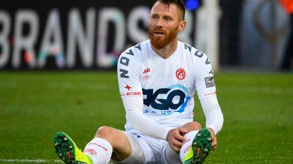 """KV Kortrijk verslaat Waasland-Beveren, Chevalier géén topschutter: """"Wil Harbaoui feliciteren"""" – Moeskroen veegt de vloer aan met OHL"""