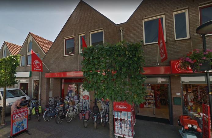 Op de bovenverdiepingen van vijf winkels in de Kerkstraat in Putten zijn zeven nieuwe sociale huurappartementen gerealiseerd.