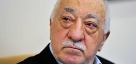 Honderden arrestatiebevelen tegen 'Gülen-aanhangers' in Turkije