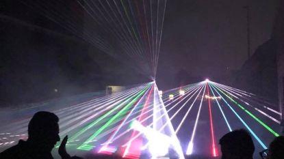 Lasershow vervangt vuurwerk aan Mirabrug